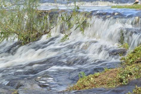 cascade-1123481_1920